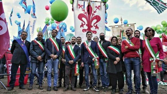 'Mai più fascismi', migliaia di toscani tra i 100.000 a Roma